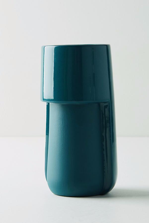 tone-shift-vase.png