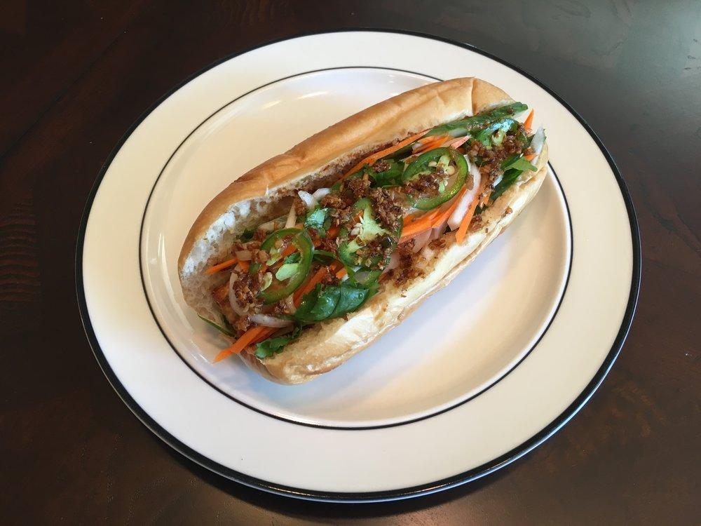 Grilled Tofu Sandwich - Bánh mì đậu hũ