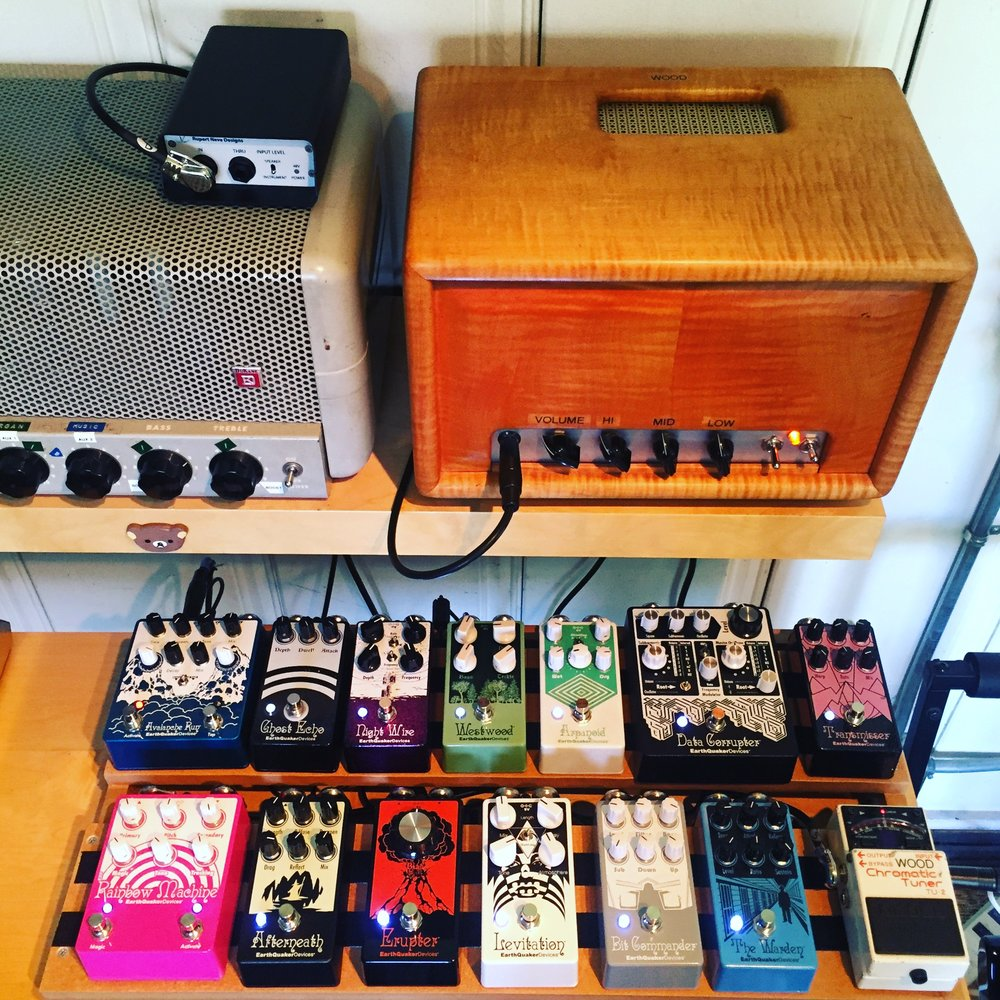 Earthquaker pedalboard.JPG