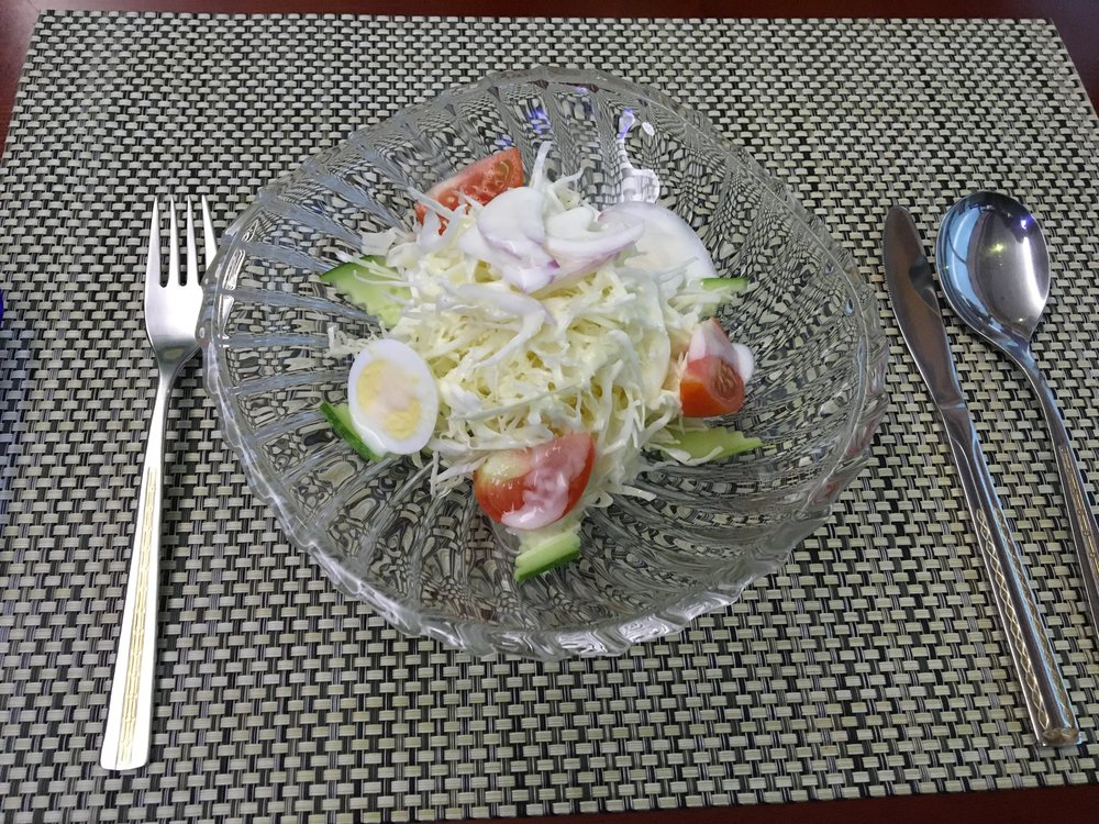 Salad with vinegar and mayo sauce