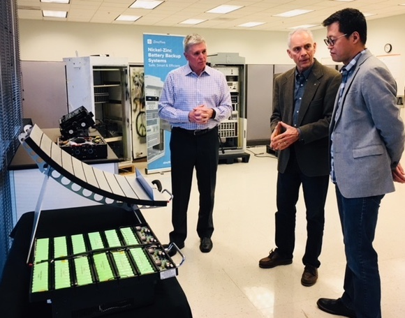 ZincFive CEO/Co-founder Tim Hysell, Tualatin Mayor Lou Ogden and ZincFive Sr. VP/Operations Raymond Sohn discuss ZincFive's innovative technology.