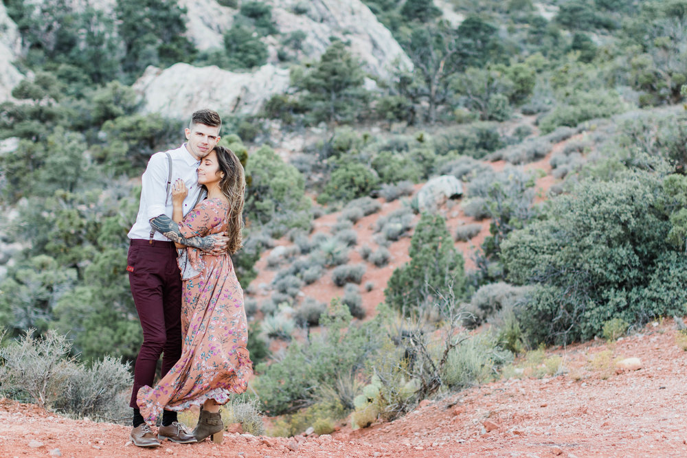 Elizabeth M Photography Red Rock Canyon Las Vegas Adventure Engagement Tim and Vanessa-8450.jpg