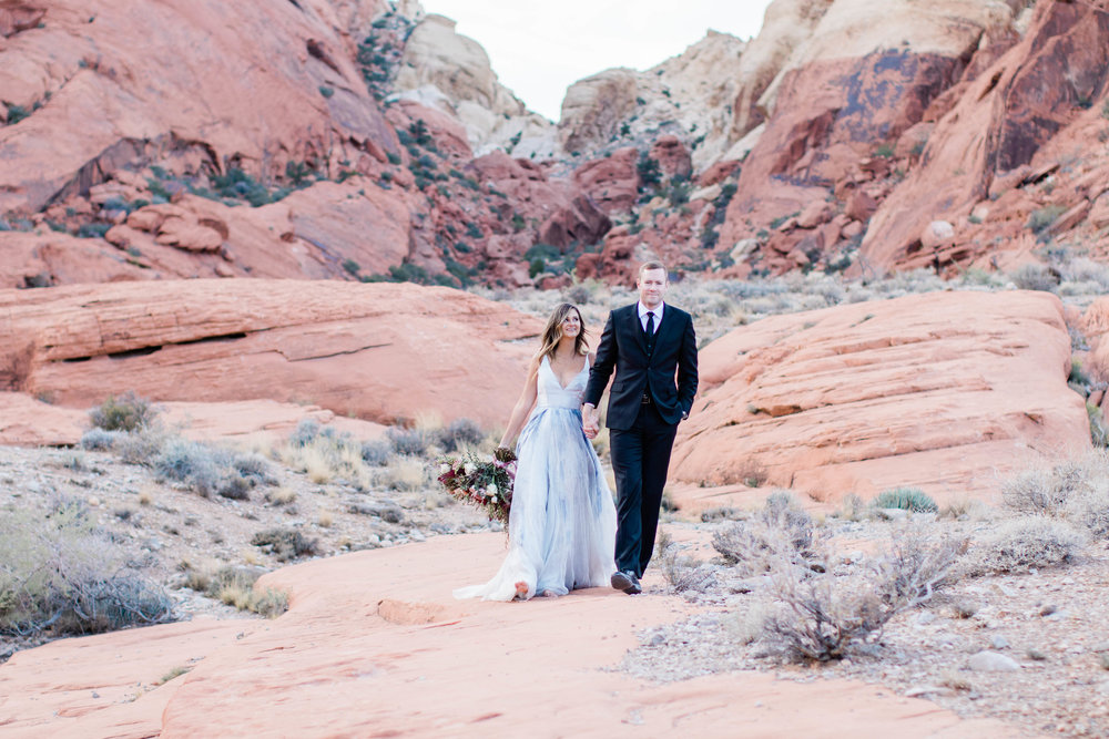 Elizabeth M Photography Red Rock Las Vegas Styled Elopement-7959.jpg