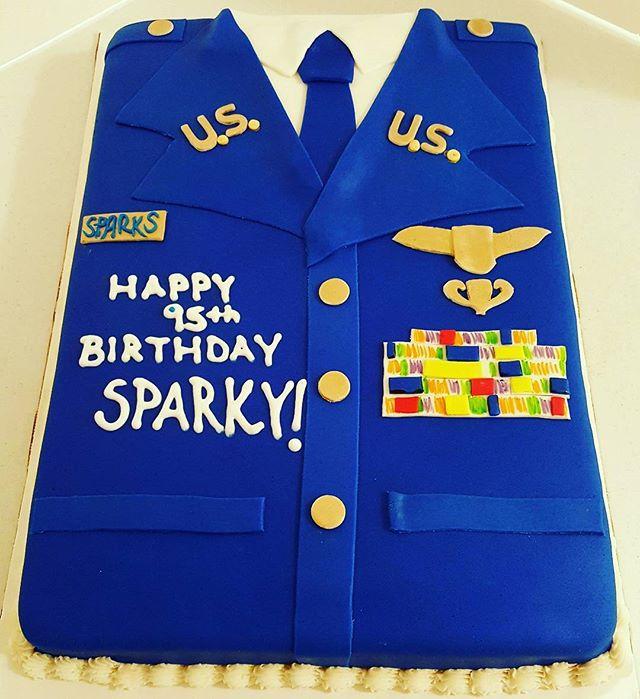 95th Birthday Cake! #dessertfirstlady #designercakes #airforcecake #retireecake #militarycakes
