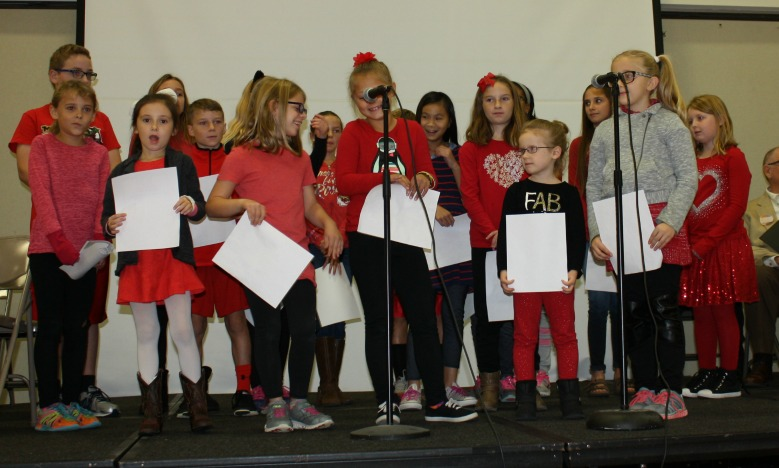 The Trailridge Elementary Student Council leads the Drug Free Pledge.