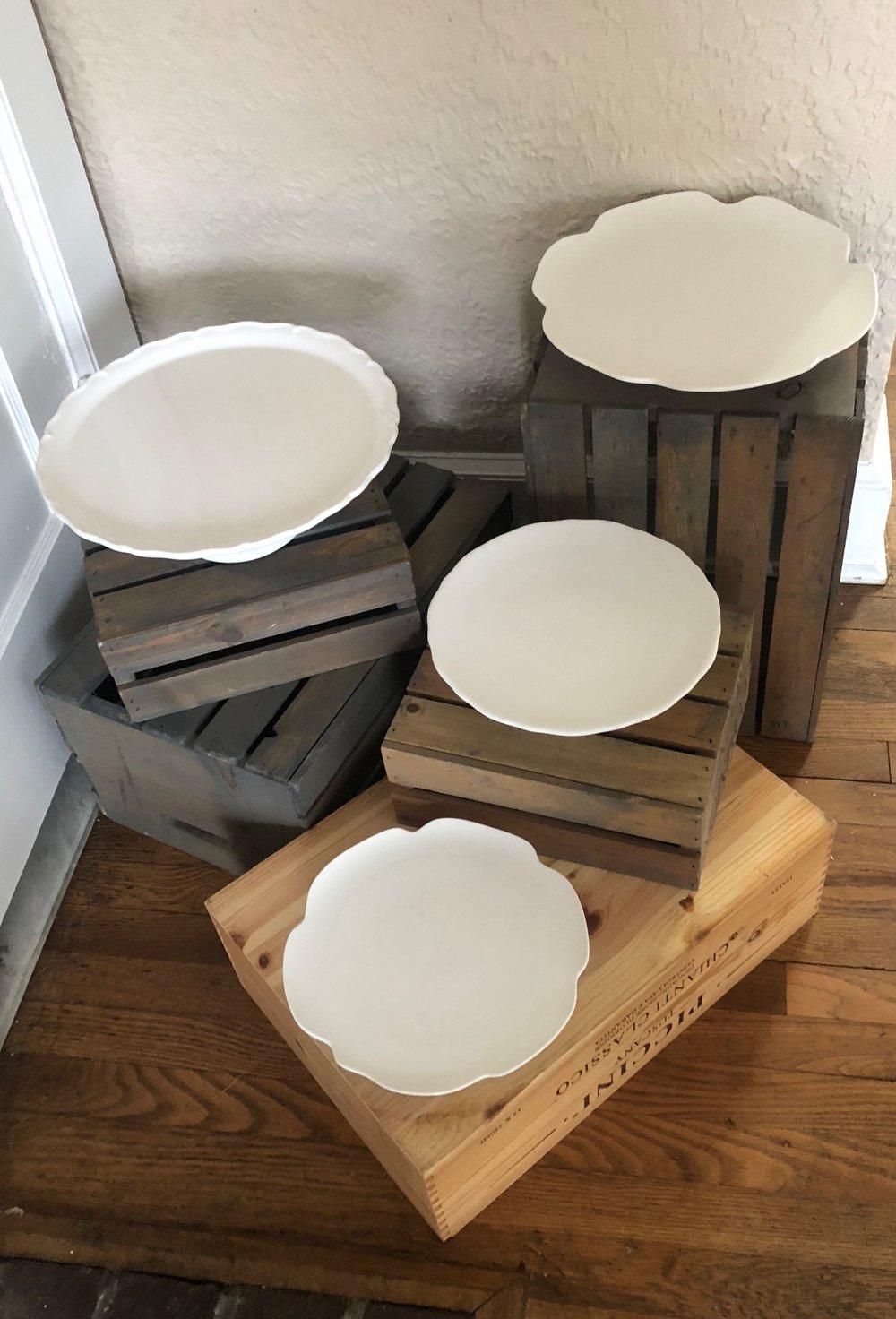 - (Top view of ceramic cake plates)