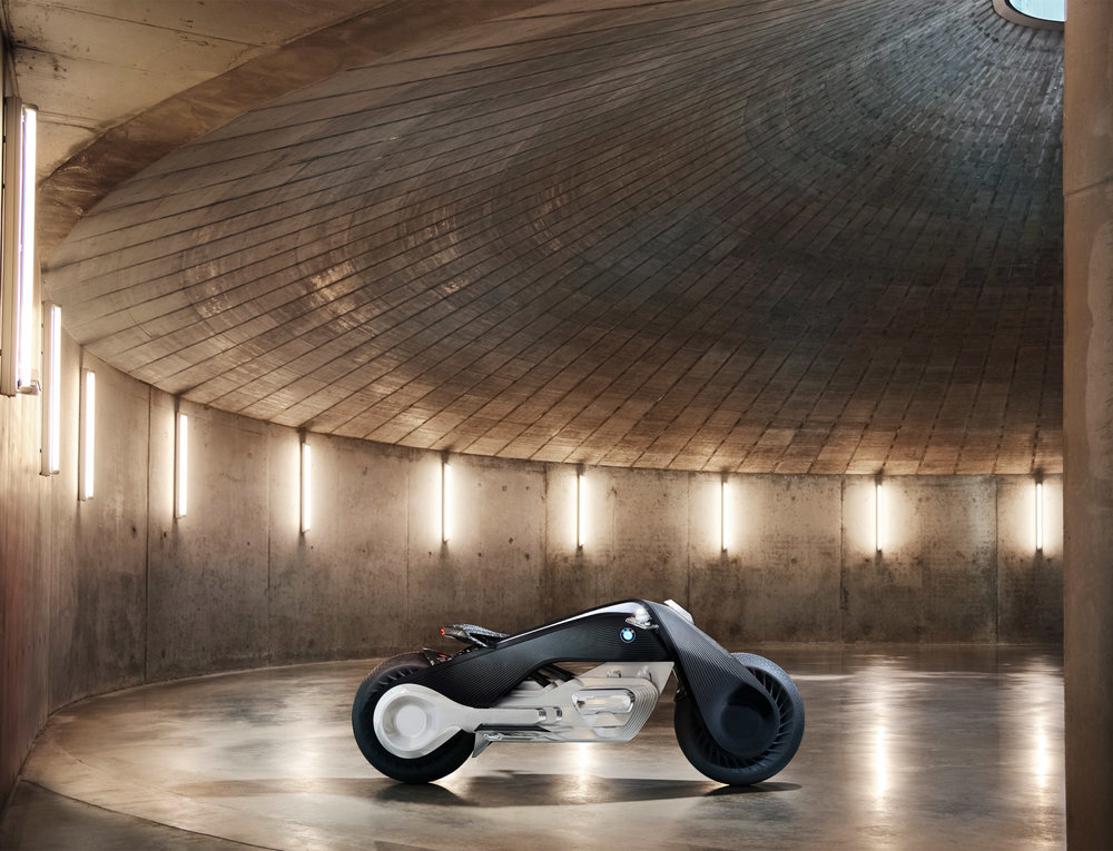 bmw-motorbike-vision-next-100-transport-vehicle-design_dezeen_2364_col_9.jpg