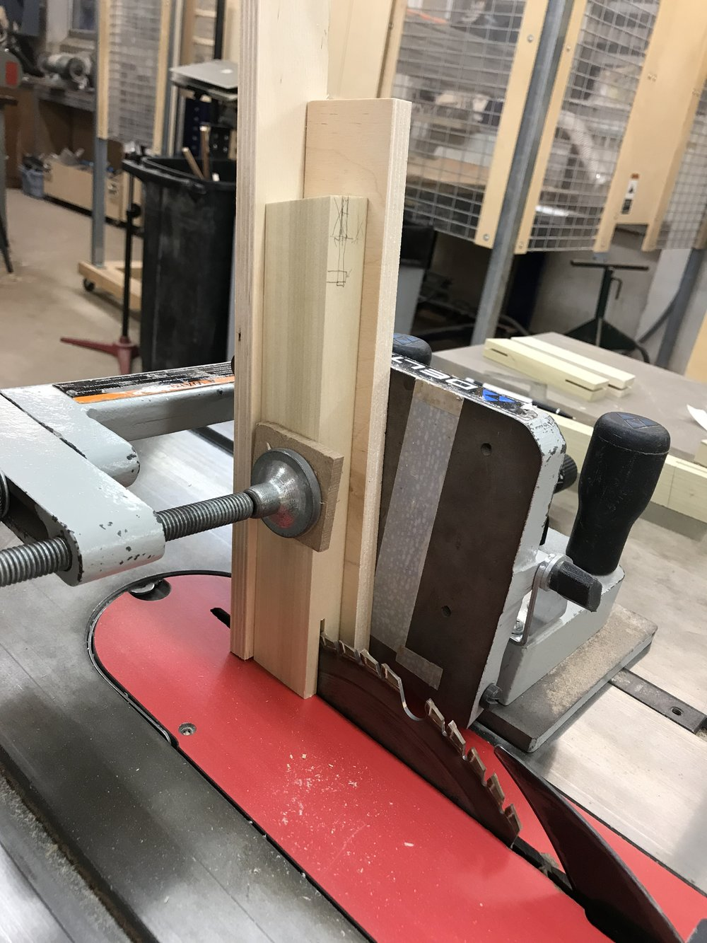 Using the tenon jig to cut leg stretchers