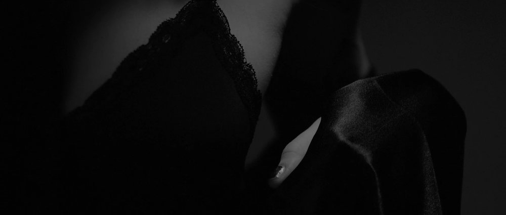 Tiësto & DallasK - Your Love-HD (1).00_00_15_00.Still002.jpg