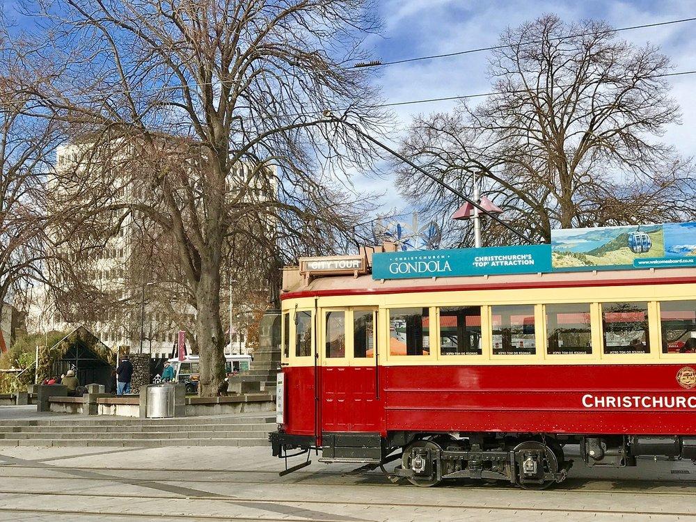 trams-2633736_1280.jpg