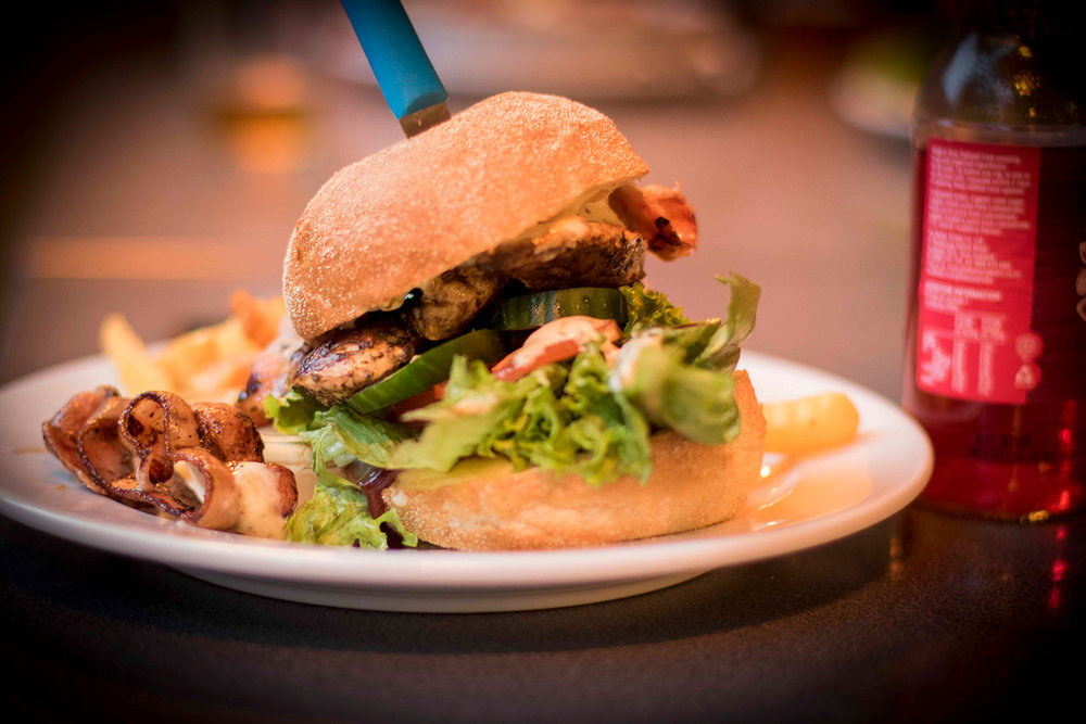 Cap_Cafe_Burger_Beer_010_edit_mtwmedia.jpg