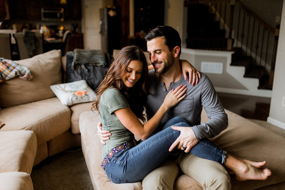 jade-and-tanner-tolbert-bachelor-in-paradise-cozy-in-home-shoot