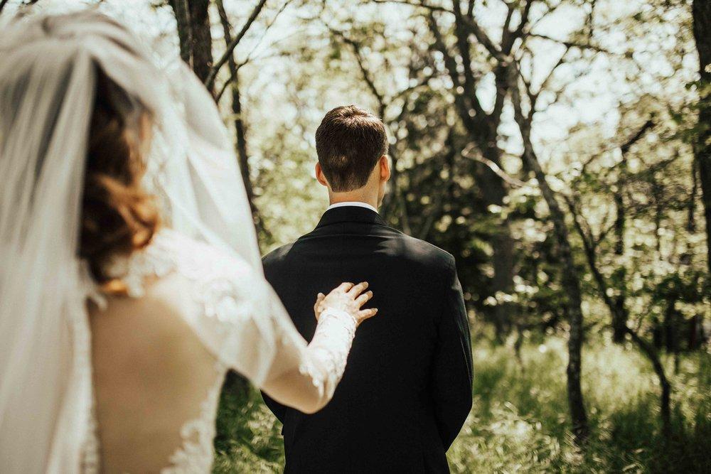 Bohemian-Chic-Jewel-Toned-Backyard-Wedding-35.jpg