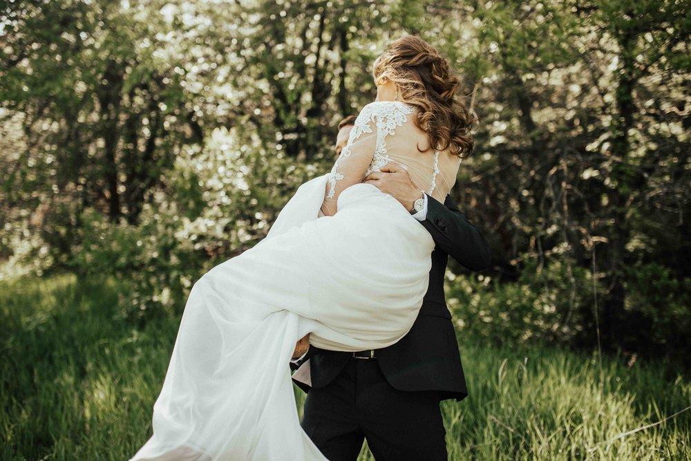 Bohemian-Chic-Jewel-Toned-Backyard-Wedding-51.jpg