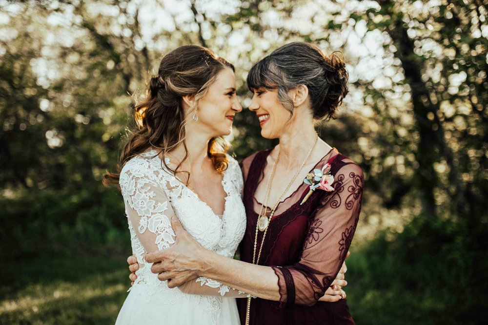 Bohemian-Chic-Jewel-Toned-Backyard-Wedding-105.jpg