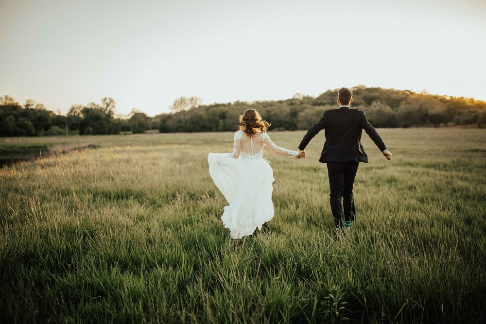 Bohemian-Chic-Jewel-Toned-Backyard-Wedding-142.jpg