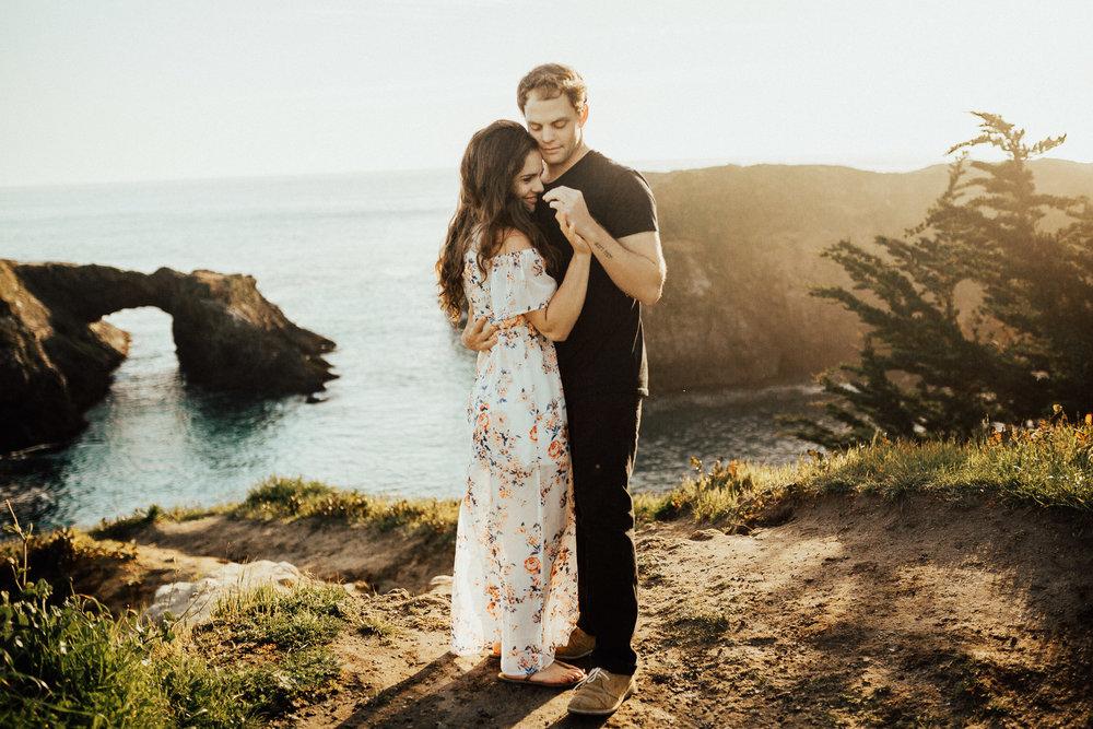 Mendocino-California-Coast-Adventure-Couple-Session-11.jpg
