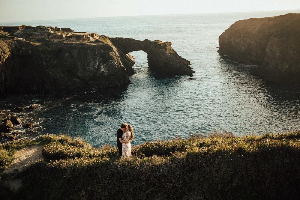 Mendocino-California-Coast-Adventure-Couple-Session-16.jpg