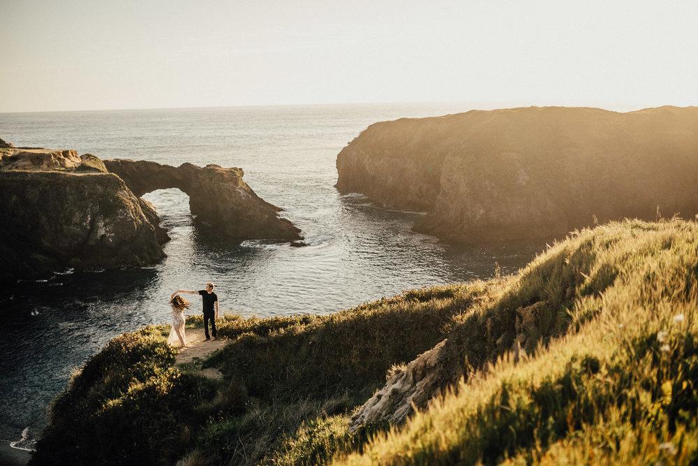Mendocino-California-Coast-Adventure-Couple-Session-17.jpg