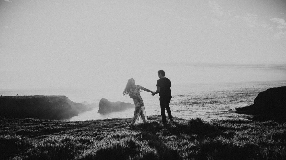 Mendocino-California-Coast-Adventure-Couple-Session-22.jpg