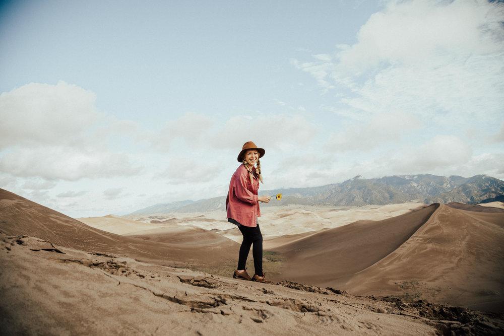 great-sand-dunes-national-park-colorado-elopement-photographer