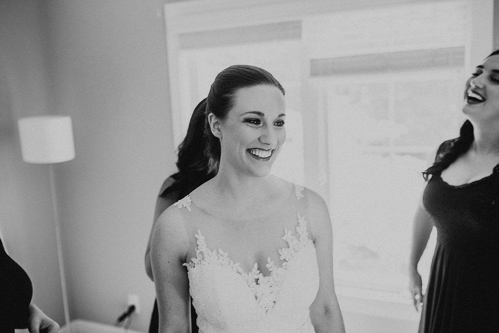 oahu-hawaii-destination-wedding-photographer-44.jpg