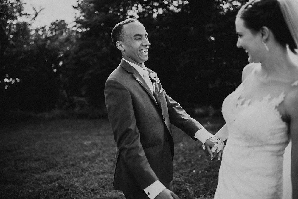 oahu-hawaii-destination-wedding-photographer-106.jpg