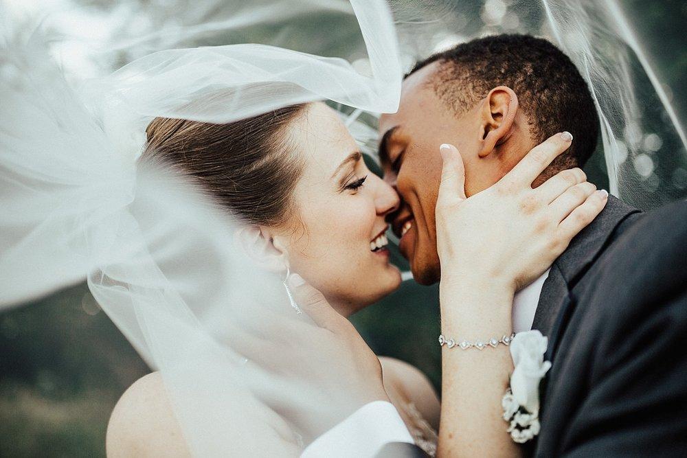oahu-hawaii-destination-wedding-photographer-111.jpg