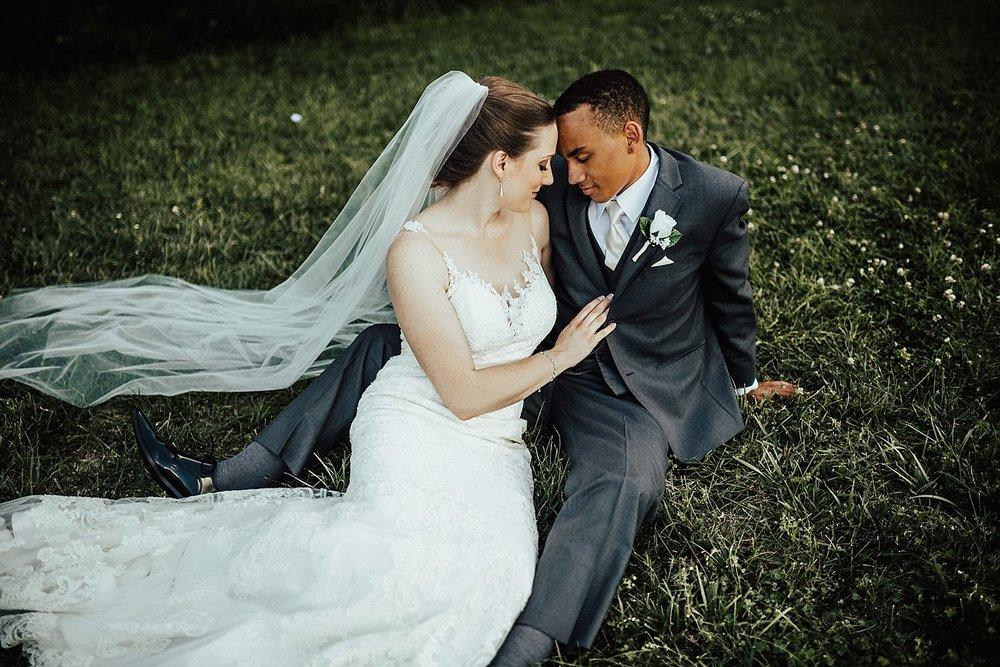 oahu-hawaii-destination-wedding-photographer-116.jpg