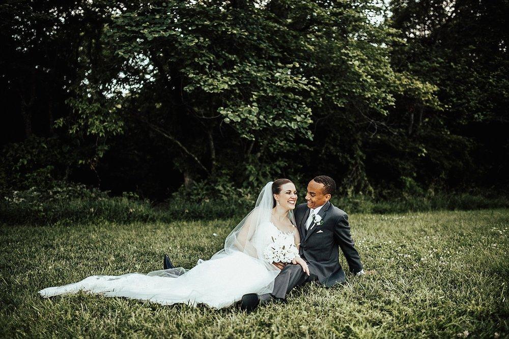 oahu-hawaii-destination-wedding-photographer-115.jpg