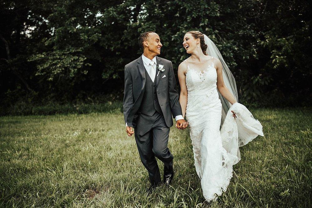 oahu-hawaii-destination-wedding-photographer-124.jpg