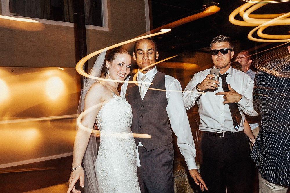 oahu-hawaii-destination-wedding-photographer-171.jpg