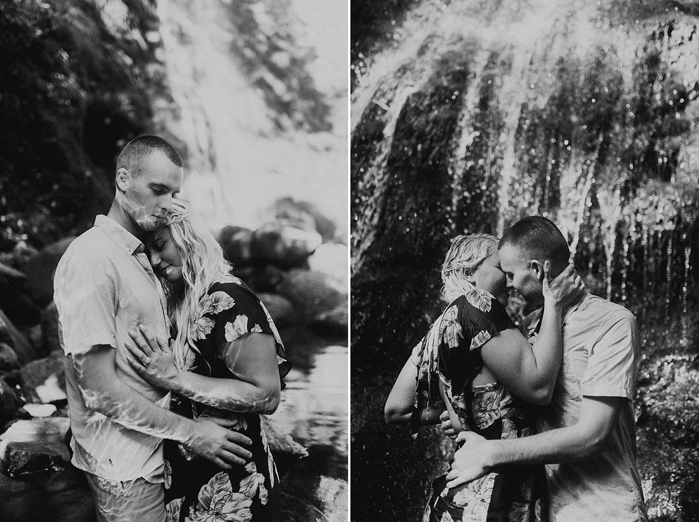 lulumahu-falls-crouching-lion-hawaii-engagement-photographer-9.jpg
