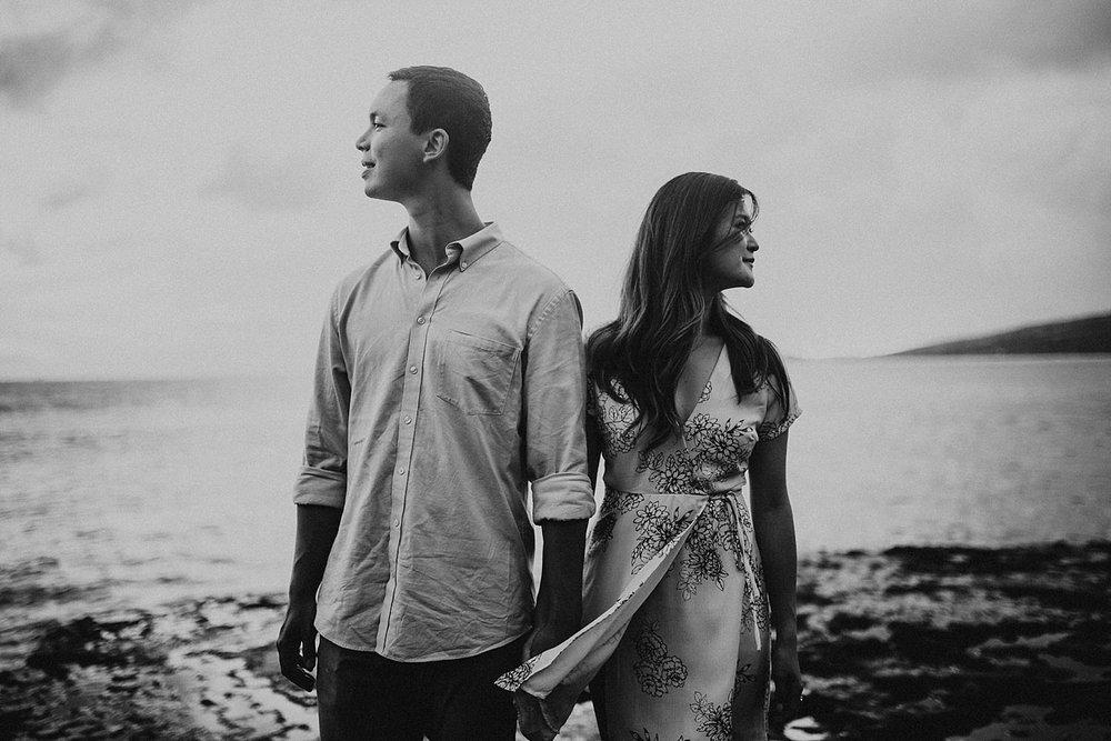 oahu-hawaii-adventurous-coastal-engagement-session-28.jpg