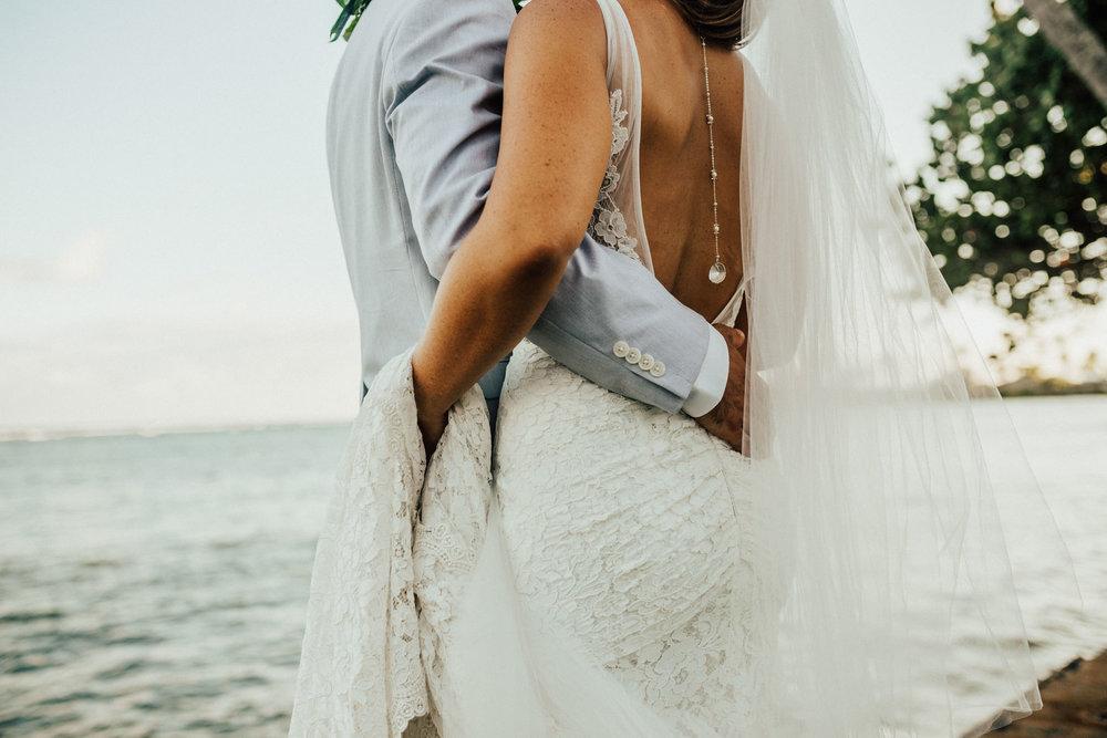 destination-wedding-photographer-oahu-hawaii