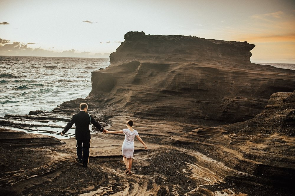 oahu-hawaii-sunrise-anniversary-session-8.jpg