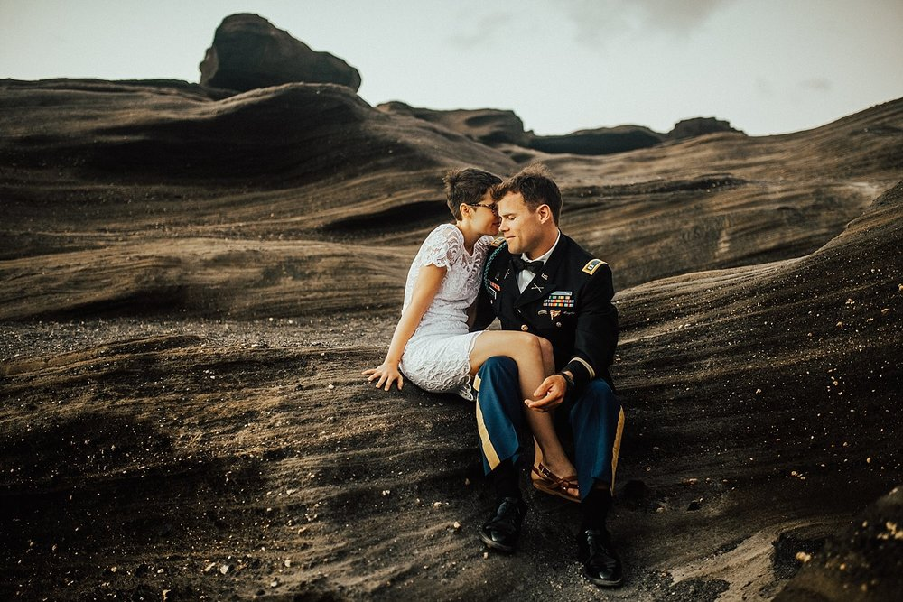 oahu-hawaii-sunrise-anniversary-session-11.jpg