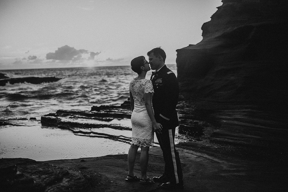 oahu-hawaii-sunrise-anniversary-session-20.jpg