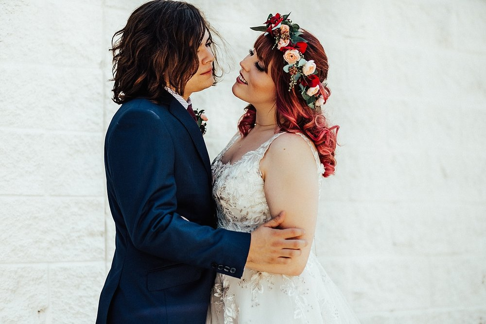 rock-and-roll-dark-romantic-wedding-44.jpg