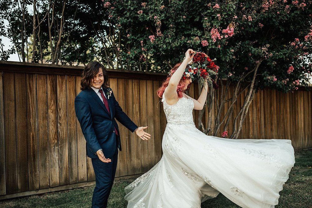 rock-and-roll-dark-romantic-wedding-98.jpg