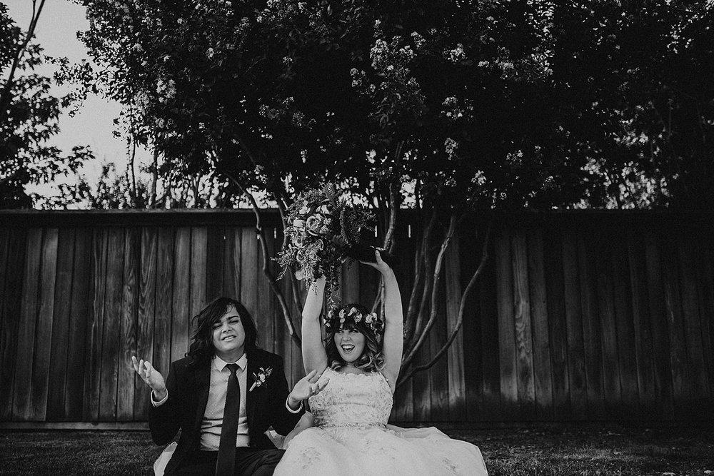 rock-and-roll-dark-romantic-wedding-109.jpg