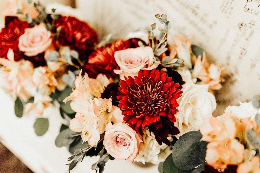 kansas-city-autumn-backyard-wedding-33.jpg