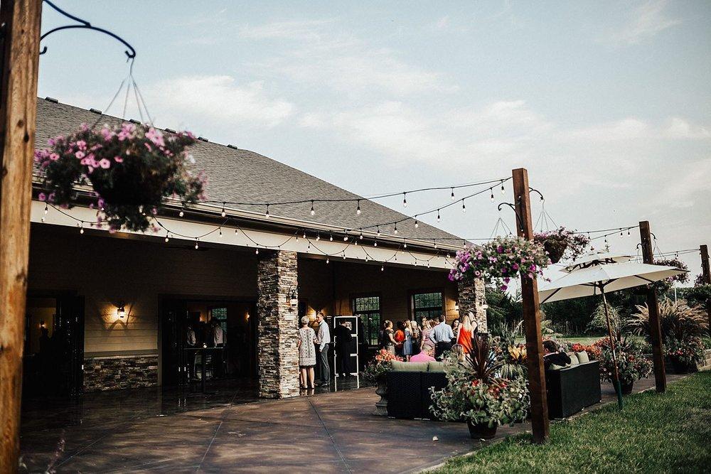 kansas-city-autumn-backyard-wedding-138.jpg