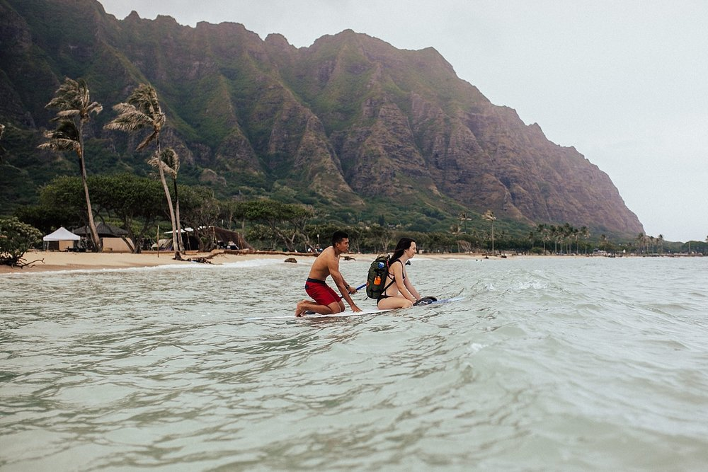 adventurous-destination-oahu-couple-photographer-1.jpg