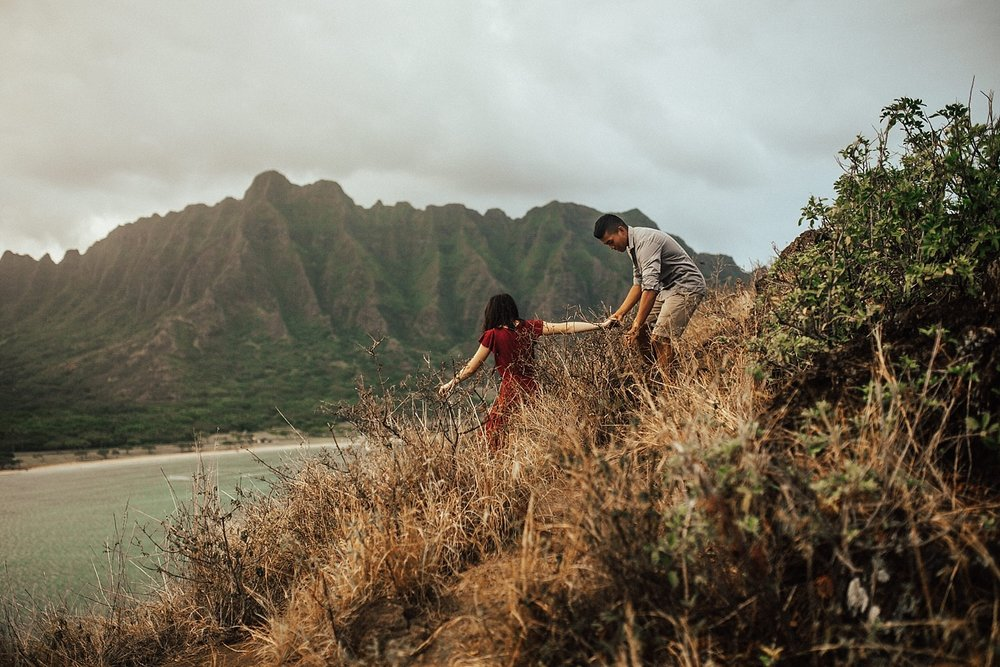 adventurous-destination-oahu-couple-photographer-22.jpg