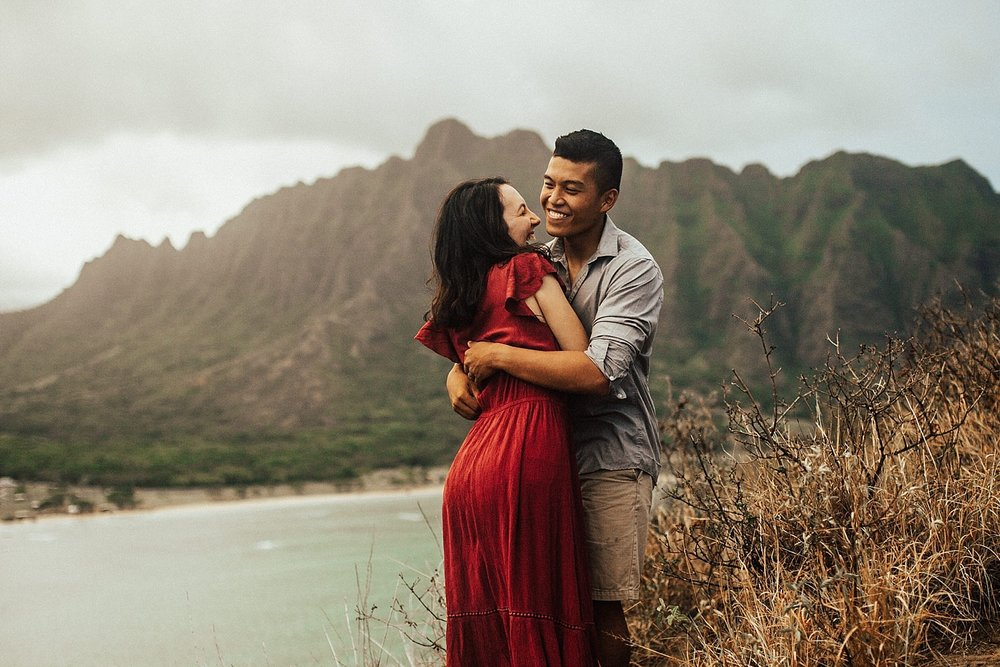 adventurous-destination-oahu-couple-photographer-25.jpg
