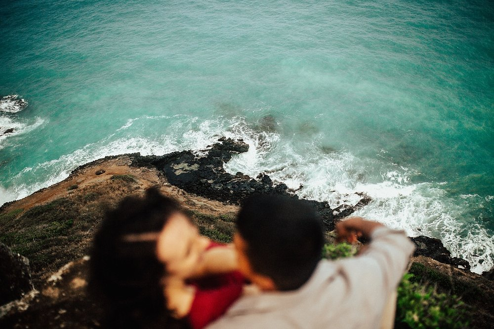 adventurous-destination-oahu-couple-photographer-29.jpg