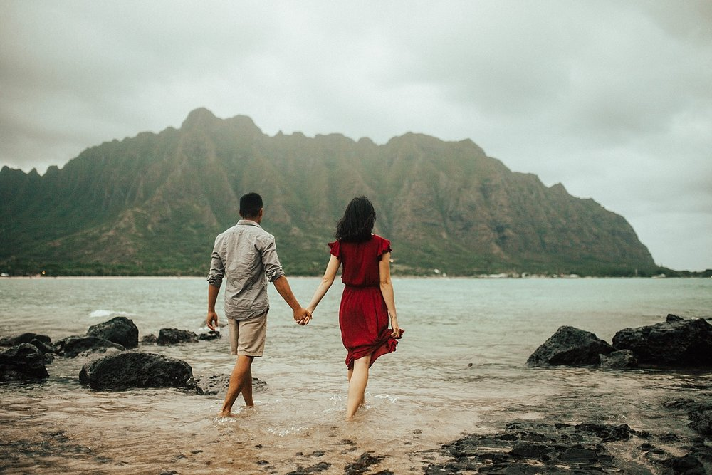 adventurous-destination-oahu-couple-photographer-34.jpg