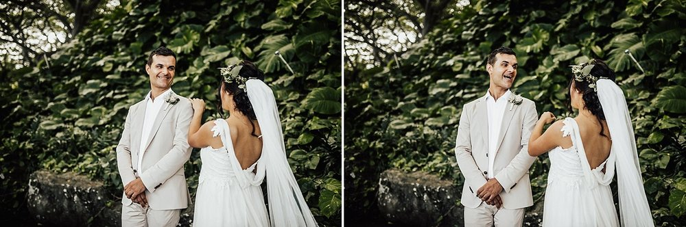 intimate-adventurous-oahu-hawaii-elopement-photographer-65.jpg