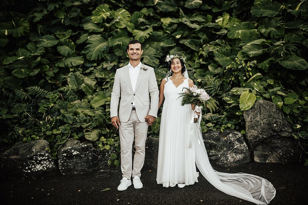 intimate-adventurous-oahu-hawaii-elopement-photographer-75.jpg